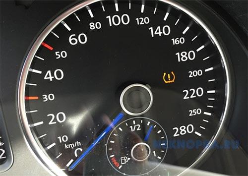 Загорелся индикатор давления в шинах